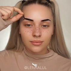 Make-up This makeup tutorial is just on another level. If you love watching make up tutorials, you s Beauty Make-up, Natural Beauty Tips, Natural Makeup, Beauty Hacks, Beauty Skin, Beauty Ideas, Beauty Care, Beauty Guide, Face Beauty
