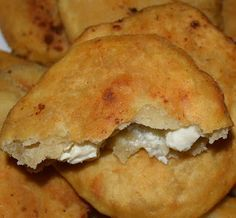 Greek Cheese Pie, Cheese Pies, Cooking Time, Cooking Recipes, Greek Recipes, Bagel, Tart, Food And Drink, Cooking