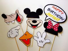 Mickey and Friends Party Photo Props by MisRecuerdos on Etsy 1st Birthday Signs, Cousin Birthday, Mickey Mouse Birthday, Minnie Mouse Party, 2nd Birthday, Mickey Mouse Y Amigos, Mickey Mouse And Friends, Theme Mickey, Mickey Party
