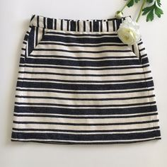 """🆕 NWT Banana Republic Stripe Boucle Mini Skirt NWT Adorable boucle mini in navy and white. Banded waist, invisible back zipper, front off-seam pockets. Fully lined. Waist 14.75"""" flat. Length 18"""". Made for BR Factory. Banana Republic Skirts Mini"""