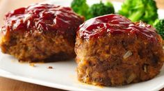 Quick tips from the Betty Crocker experts show you how to make juicy mini meatloaves in a muffin tin. They cook faster and store well in the freezer.