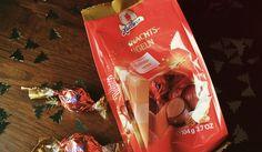 Halloren Weihnachtskugeln Erdnusscreme -  Schokoladenkugeln mit 45% gesalzener Erdnusscreme-Füllung