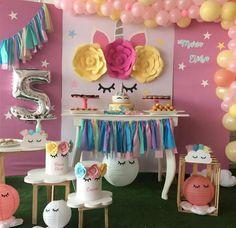 Curso gratis de manualidades de unicornio para fiestas de niñas paso a paso Parties, Crafts, Learning, Paper, Crafts To Make, Garlands, Decorations, 3d Pictures, Fiestas