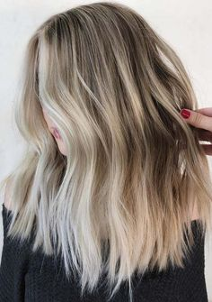 Best Beach wave hair colors are really suitable for different seasons of the year. So that's why we've choose here a cool list of amazing hair colors 2018 to wear to go for beach. Choose these hairstyles and hair color ideas for better and amazing hair colors. These are amazing for hottest and cool hair look.