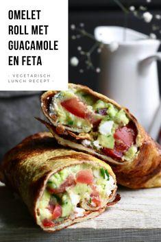 Omelet roll met guacamole en feta - Beaufood Omelette roll with guacamole and feta. Wrap Recipes, Lunch Recipes, Dinner Recipes, Amish Recipes, Guacamole, Clean Eating Snacks, Healthy Snacks, Healthy Recipes, Vegan Diner