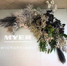 E Wedding Invitation Templates Floral Centerpieces, Flower Arrangements, Flower Installation, Reception Design, Ceremony Backdrop, Indoor Wedding, Dried Flowers, Flower Designs, Red Roses