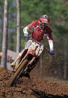 Ricky Johnson was the fastest all around in 1988, but bad luck kept him from  the 250 AMA Motocross title.