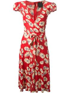 The wrap style fits my pear-shaped figure. I like the cap sleeves and red print.