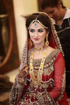 Beautiful Pakistani bride, not Indian bride, Bridal Jewellery, Dulhan, Shaadi, Wedding dress, Bridal Lengha, Wedding Outfit, Wedding Mehndi