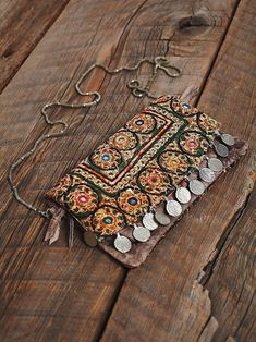 Free People Collective Coin Crossbody at Free People Clothing Boutique Look Hippie Chic, Look Boho, Gypsy Style, Boho Gypsy, Hippie Style, Hippie Boho, Bohemian Style, Boho Chic, Modern Bohemian