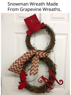 Snowman Wreath Made From Grapevine Wreaths. I want to make this but spray paint the wreaths white. Winter Christmas, All Things Christmas, Christmas Holidays, Christmas Ornaments, Christmas Snowman, Christmas Door, Christmas Wreaths For Front Door, Front Door Wreaths, Grapevine Christmas