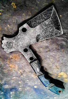 Half Life Knives Tac Hawk made from Aldo's with micarta scales. Cool Knives, Knives And Tools, Knives And Swords, Messer Diy, Bushcraft, Knife Template, Beil, Tomahawk Axe, Custom Knives