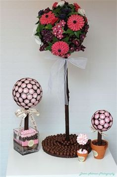 sweet trees Candy Trees, Sweet Trees, Chocolate Gifts, Thank You Gifts, Presents, Sweets, Crafts, Wedding, Fantasy