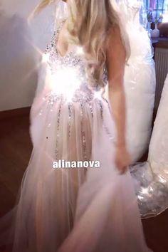Sparkle Sequin Beaded Tulle Prom Dresses 2020 V Neck Slit Evening Gowns