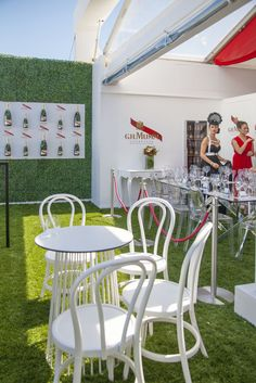 Loving the fresh colours of the Mumm marquee this year. #springracing #melbournecup #foodstyling #peterrowland #foodphotography #catering #events