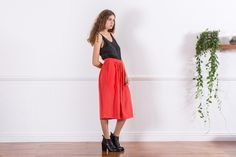Gathered skirt in tencel lyocell fabric. Pinch & Punch is mindful of ethical and sustainable practices.
