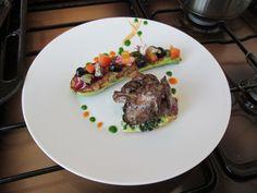 Gino D'Aquino /   Foies de poulet omelette aux herbes et courgette farci Arlequin  / Gino D'Aquino