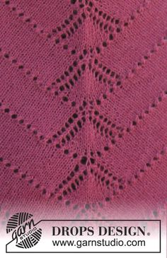 """Pink Diamond - Knitted DROPS shawl with lace pattern in """"Alpaca"""". - Free pattern by DROPS Design Baby Knitting Patterns, Lace Knitting, Knitting Stitches, Needlepoint Stitches, Drops Design, Drops Patterns, Lace Patterns, Magazine Drops, Crochet Cape"""