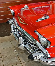 """◆ Visit ~ MACHINE Shop Café ◆ (QUESTION: """"Is it possible to ever get sick and tired of looking and marvelling at the beauty of the 1957 Chevy Bel Air Coupé? Chevrolet Bel Air, 1957 Chevy Bel Air, Vintage Cars, Antique Cars, American Classic Cars, Us Cars, Old Trucks, Amazing Cars, Custom Cars"""