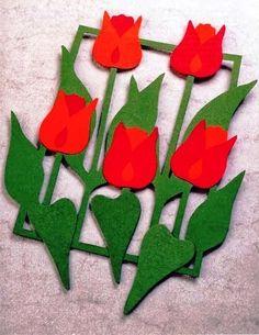 TAVASZI ABLAKKÉPEK SABLONNAL - tanitoikincseim.lapunk.hu Crafts For Seniors, Easy Crafts For Kids, Art For Kids, Diy And Crafts, Felt Flowers, Fabric Flowers, Paper Flowers, Easter Crafts, Felt Crafts