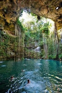 Xcaret, Mexico. Amazing Spot to have a bath