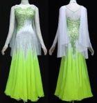 Dance - Ballroom Standard: green and white