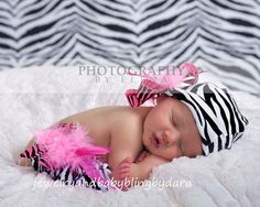 Girl Black and White Striped Zebra Leg Warmers with hot pink and black bow feather accents $12.99 #zebra #etsy #pink #baby #girl