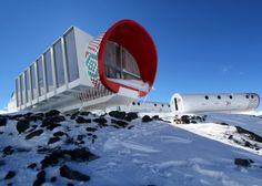 Hotel de fibra de vidrio en la nieve - Noticias de Arquitectura - Buscador de Arquitectura