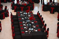 Halloween themed wedding of Jared + Jodi love this table. this is the perfect red<br> This black and red halloween themed wedding is a must see. guests in full costume, spooky decor and even vampire ring bearers! Red Wedding Receptions, Wedding Ideas, Geek Wedding, Wedding Tables, Trendy Wedding, Black Chair Covers, Black Red Wedding, Red And White Weddings, Spooky Decor