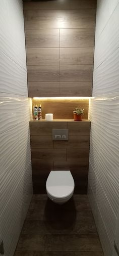Simple Bathroom Designs, Bathroom Design Luxury, Modern Bathroom Design, Toilet Room Decor, Small Toilet Room, Minimalist Small Bathrooms, Small Toilet Design, Wc Design, Tiny House Bathroom