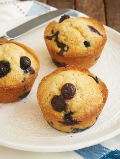 Quick and Easy Blueberry Muffins are one of my favorite sweet breakfast treats. These are a classic for good reason! - Bake or Break ~ http://www.bakeorbreak.com