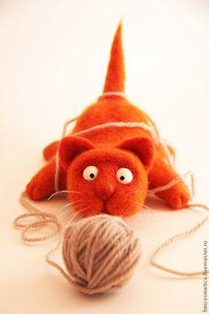 """Войлочная игрушка """"Кот-шалун"""" #handmade #toy #felt #cat"""