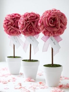 Rose Topiary for Queen of Hearts Buy white silk roses and hand paint red for centre piece??