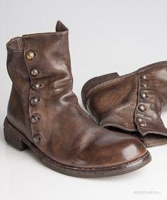 Brandgarden - Buttonline MidBoots AshBrown Officine Creative Mode Shoes, Men's Shoes, Shoe Boots, Keep Shoes, Me Too Shoes, Creative Shoes, Best Shoes For Men, Leather Lace Up Boots, Mens Boots Fashion