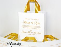 25 Wedding Welcome Bags with satin ribbon handles and names Elegant Personalized Gold wedding THANK YOU favors for guests Wedding Gift Baskets, Wedding Gift Bags, Welcome To Our Wedding, Wedding Favours, Wedding Thank You, Gold Wedding, Elegant Wedding, Wedding Day, Party Gifts