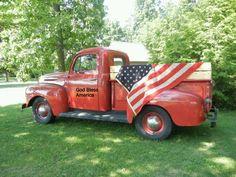 Vintage Trucks love it! Old Pickup Trucks, Farm Trucks, Chevy Trucks, I Love America, God Bless America, American Spirit, American Flag, American Pride, Vintage Trucks