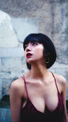 Instant Karma, Japanese Models, Cute Hairstyles, Nice Tops, Photo Book, Cute Girls, Beautiful Women, Actresses, Celebrities