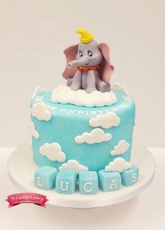 Dumbo Cake www.facebook.com/doncastercustomcakery Dumbo Baby Shower, Baby Shower Cakes For Boys, Baby Boy Cakes, Dumbo Birthday Party, Boys First Birthday Cake, Elephant Cake Pops, Birth Cakes, Dumbo Cake, Fondant