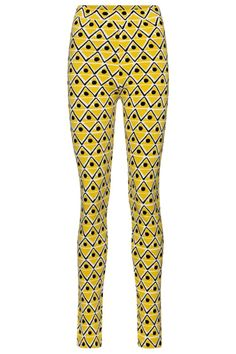Acquire a playful base layer for your alpine ensembles with these leggings from Moncler Genius' 3 MONCLER GRENOBLE collection. Arriving in a bright yellow geometric pattern, the design sits high at the waist with a stretch fit that works as a standalone piece or layers perfectly under ski pants. #mytheresa #monclergenius #monclergrenoble #monclerskileggings #skileggings #monclerskioutfit #designskioutfit Ski Outfits, Ski Pants, Bright Yellow, Moncler, Skiing, Luxury Fashion, Layers, Base, Leggings