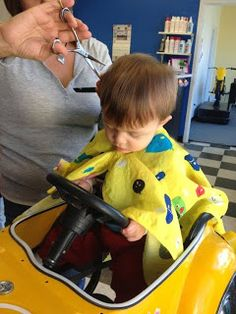 Tips for Babies' first haircut!
