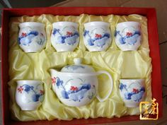 http://www.ceramicslife.com/80-percent-of-kung-fu-tea-teacup-teapot.html 80 percent of bone China tea set 7 package of Jingdezhen ceramic Lotus Kung-Fu tea Teacup teapot