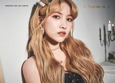 The Album <Concept Photo (Midnight Ver. Kpop Girl Groups, Korean Girl Groups, Kpop Girls, Korean Celebrities, Celebs, Gfriend Album, Rapper, Gfriend Sowon, Fandom
