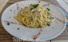 Καρμπονάρα με κρέμα γάλακτος #carbonara #pasta #cream #greekrecipe #tastedriver Spaghetti, Ethnic Recipes, Food, Meals, Yemek, Noodle, Eten
