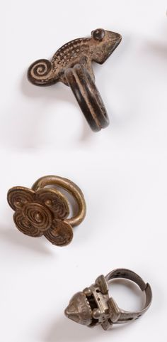Africa | Three rings from the Akan people of Ghana | Brass and silver | Collected in situ, 1973/1975 | 50€