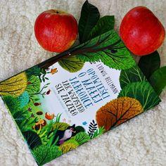 """""""Opowieści o małej jabłonce. Jak wszystko się zaczęło"""" Ludwig #Hellmann  #recenzja na blogu  #opowiadaniadladzieci  #bajkidladzieci  #wydawnictwoskrzat"""