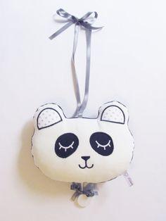 Boite à musique panda noir blanc / LauraJaneParis Panda, White Velvet, Black And White, Christmas Ornaments, Stars, Holiday Decor, Fabric, Handmade, White People