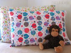 DIY Pillowcases - Warm Cozy Flannel Pillowcase - Easy Sewing Projects for Pillows - Bedroom and Home Decor Ideas - Sewing Patterns and Tutorials - No Sew Ideas - DIY Projects and Crafts for Women http://diyjoy.com/sewing-projects-diy-pillowcases