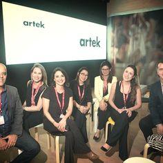 Equipe Mape e Vitra durante a palestra sobre design escandinavo da Artek na Casa…