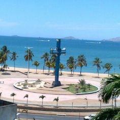 Paseo Colón. Puerto La Cruz. Venezuela.