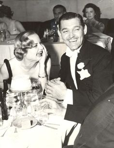 Carole Lombard and Clark Gable. How awesome is this - Clark Gable ...